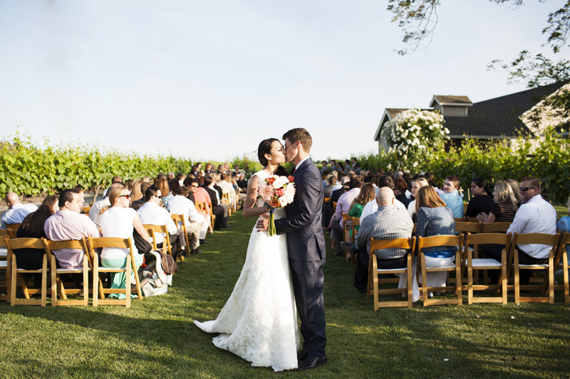 Scribner Bend Vineyards Wedding_12