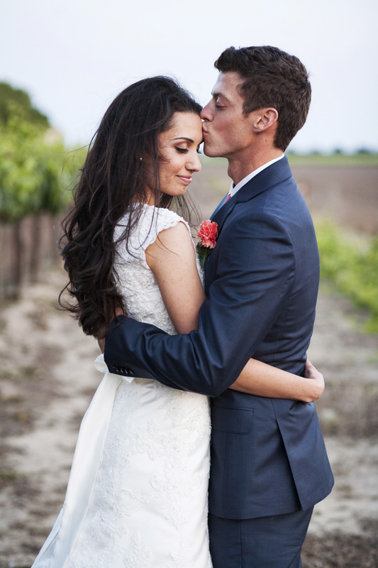 Scribner Bend Vineyards Wedding_25