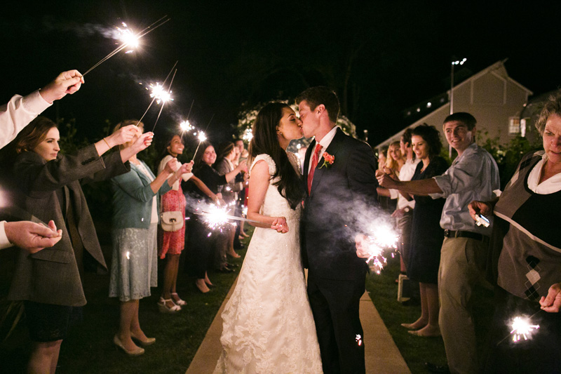 Scribner Bend Vineyards Wedding_28